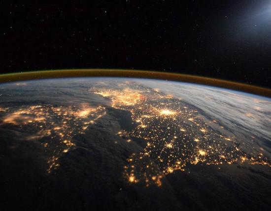 宇航员眼中的美丽太空