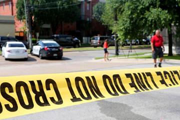美休斯敦购物中心枪击案9人受伤 枪手被击毙
