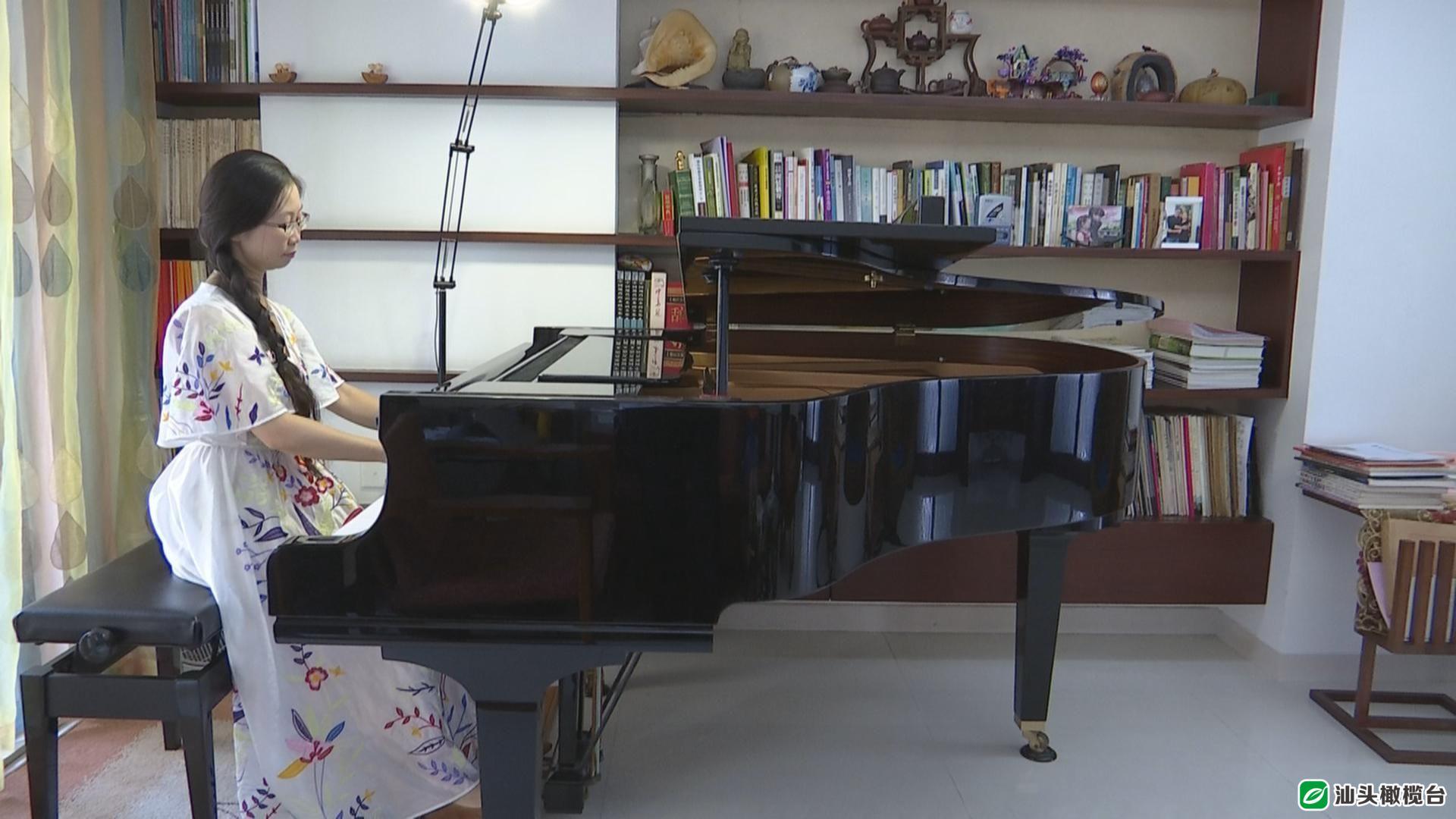 汕头这位钢琴老师办琵琶乐团并拿下粤东赛区金奖,只为圆一个心愿~