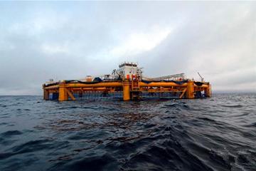 探访中国造世界首座半潜式智能海上渔场
