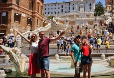 中国赴欧游客达1360万人次 最爱法国德国意大利