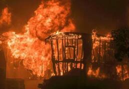 加州北部山火逾千人失踪 灾民安置点出现病毒感染