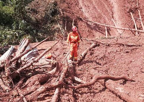 云南普洱泥石流致8人死亡 失联人员全部找到