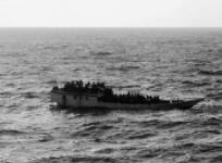 印度一船只倾覆致1人死亡9人失踪