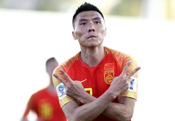 亚洲杯-于大宝救主对手乌龙 中国队2-1胜吉尔吉斯斯坦队