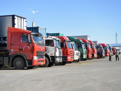 載重貨車道路交通事故 八成以上由于超限超載引起