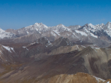 四姑娘山大峰發生山難 一登山者墜崖遇難遺體已找到