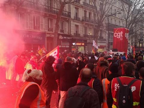 法國爆發全國大罷工 上百名暴力示威者被逮捕