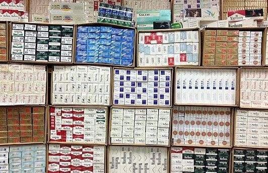香港海关检获190万支疑似走私香烟