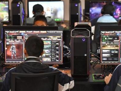 电子游戏上瘾成疾病 香港电竞总会副会长:需正视