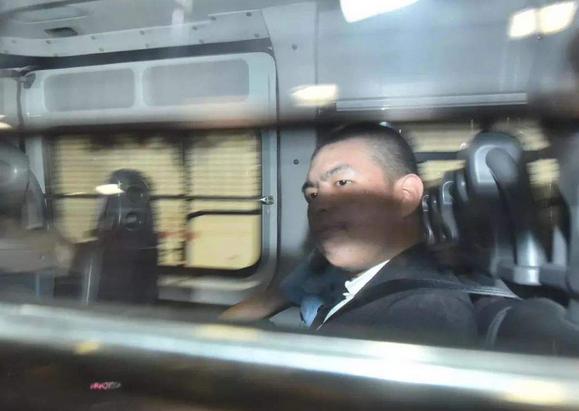 机场袭击付国豪的嫌疑人在香港法院提堂