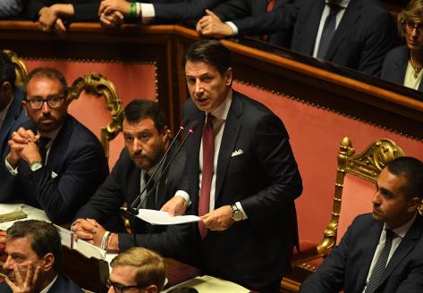 意大利总理孔特宣布辞职 政治危机或引发提前大选