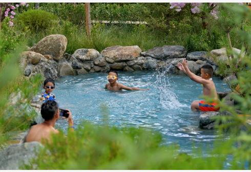 出门旅游爱泡温泉 你知道温泉中的元素从哪里来吗?