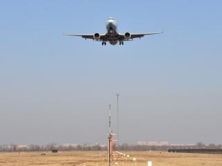 民航局總飛行師:民航局目前未要求國內航司取消伊朗航班或更改航線