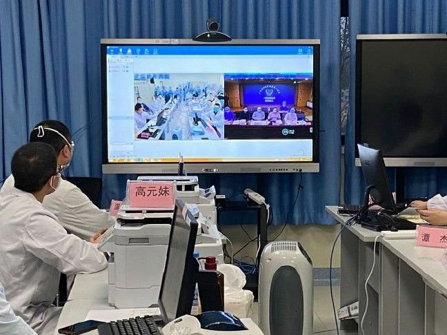 钟南山:出院患者重新感染是小概率事件