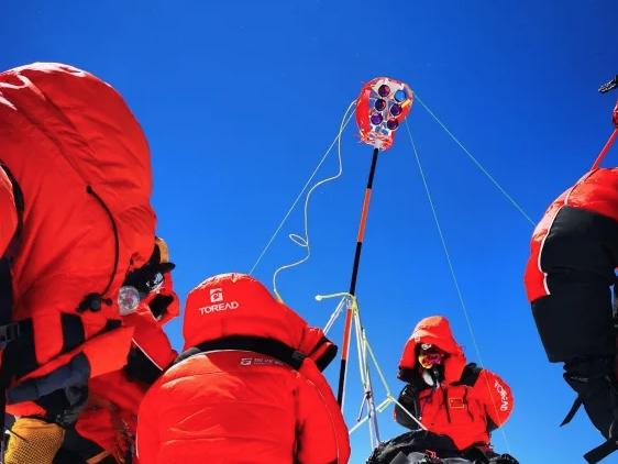 150分钟:中国人在珠峰峰顶停留时长新纪录