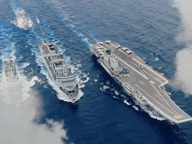 你好100年,我是人民海軍,正在走向深藍