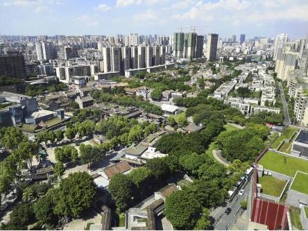 奋斗百年路 启航新征程·神州巡礼丨广东:大湾区建设中开拓新发展格局