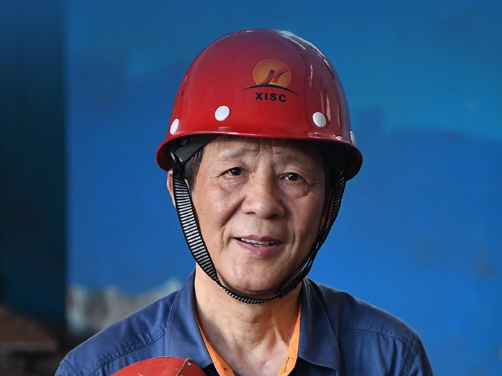 """奋斗百年路 启航新征程·""""七一勋章""""获得者丨大国工匠艾爱国:当工人就要当一个好工人"""